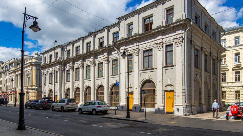 Продажа здания в центре Москвы